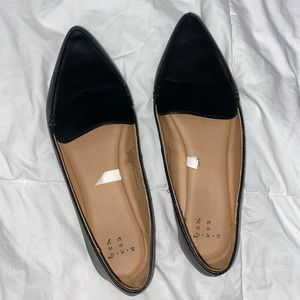 Black pointed toe flats from Target!